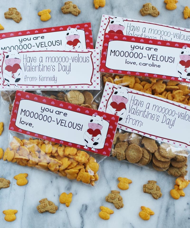 Valentine Idea for Class Party - cow shaped snacks from Horizon and Moo-velous printables!