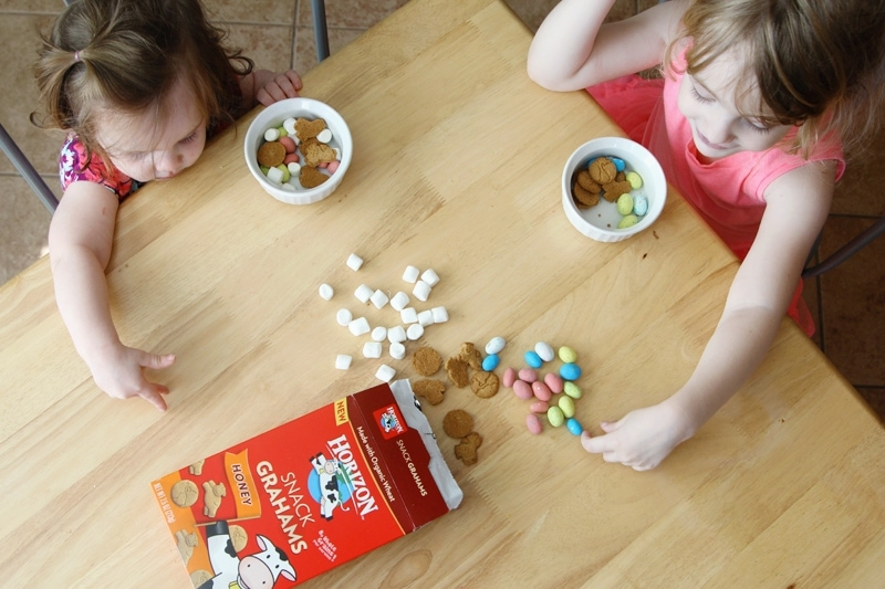 Easter Smores Snack Mix