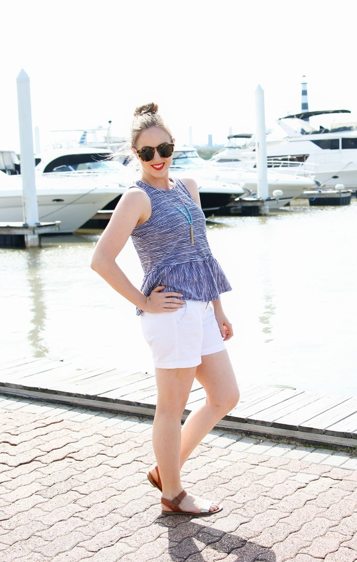 love this summer outfit - perfect for Memorial Day or 4th of July
