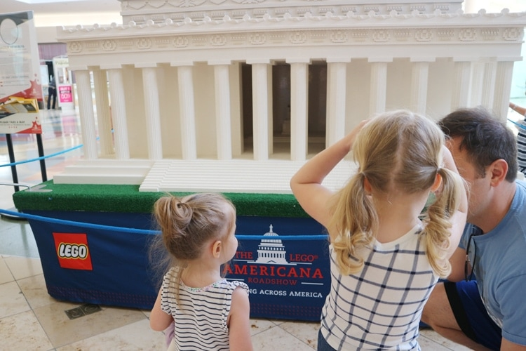 LEGO Americana Roadshow Lincoln Memorial
