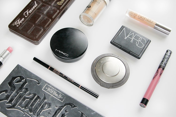 Houston Beauty blogger Meg O. On The Go shares 10 amazing high end makeup products worth the splurge! Pick these up on your next Sephora or Nordstrom trip!