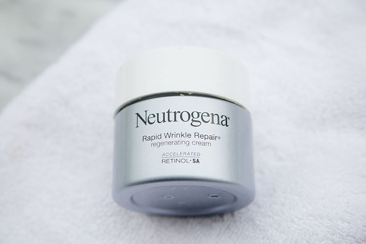Neutrogena Rapid Wrinkle Repair Regenerating Cream - best drugstore retinol product