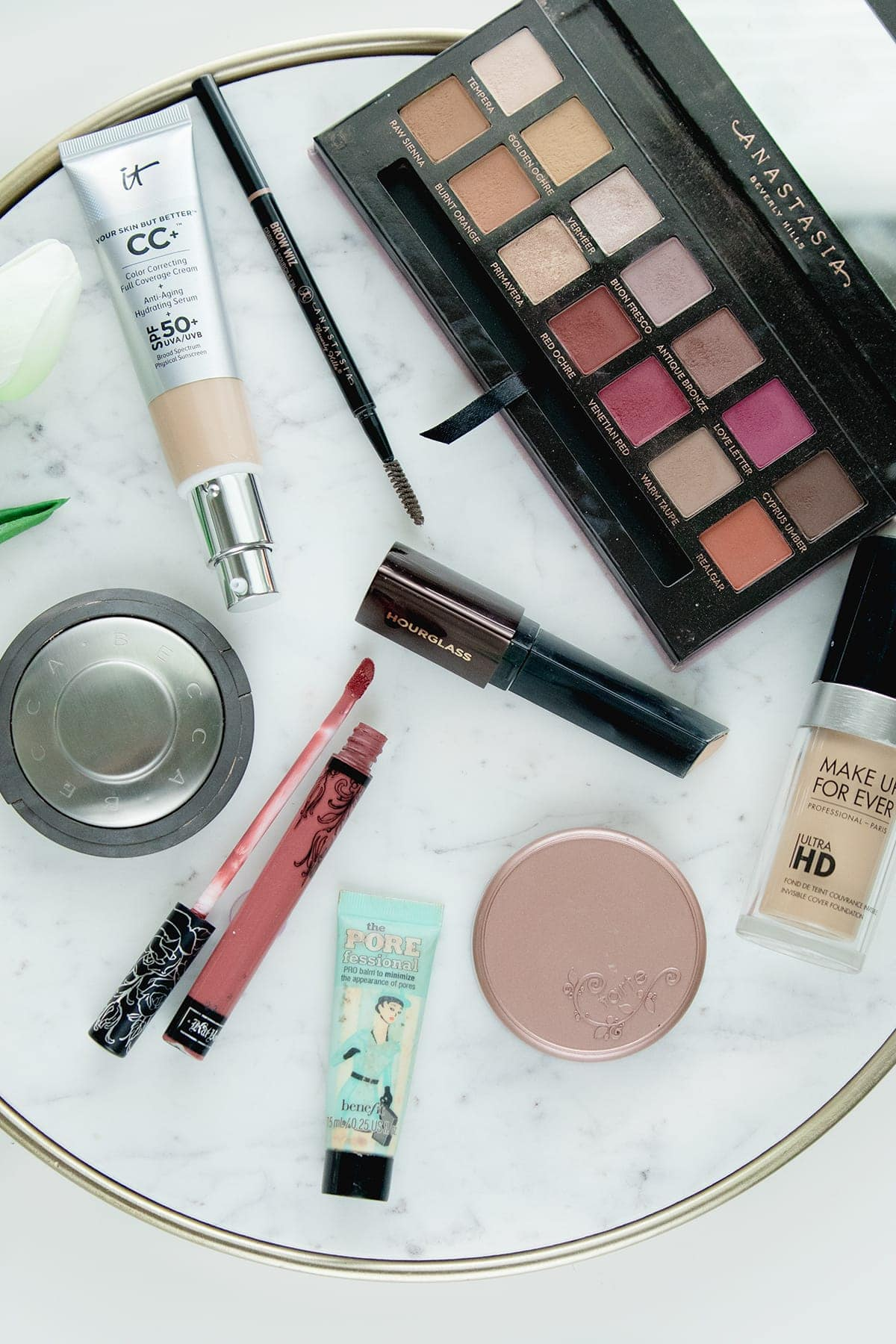 Beauty blogger Meg O. On The Go shares ten of the best Sephora beauty products! They are worth every penny. Read More!