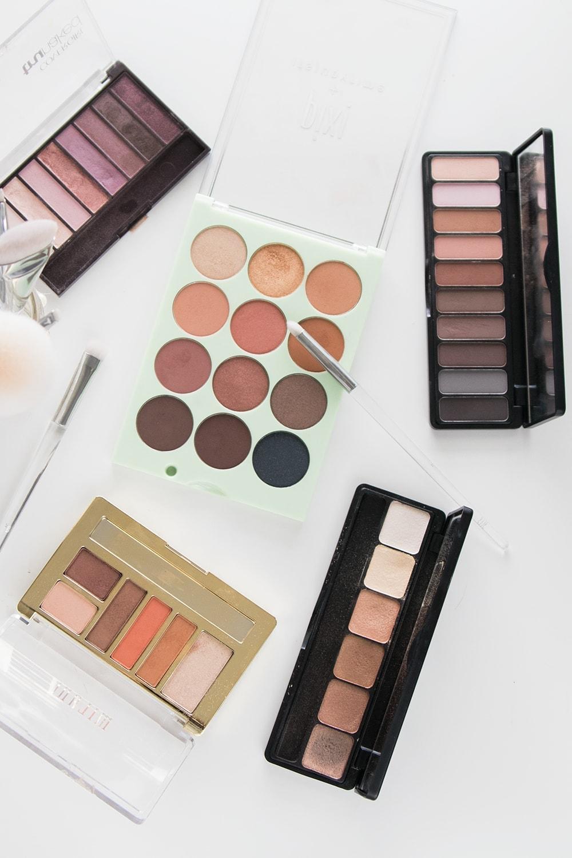 5 Amazing Drugstore Eyeshadow Palettes by popular beauty blogger Meg O. on the Go