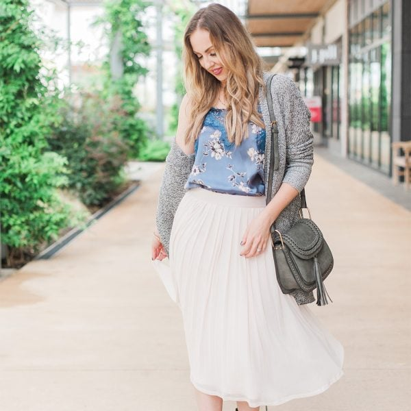 Style out of My Comfort Zone – Fall Florals and a Pleated Skirt