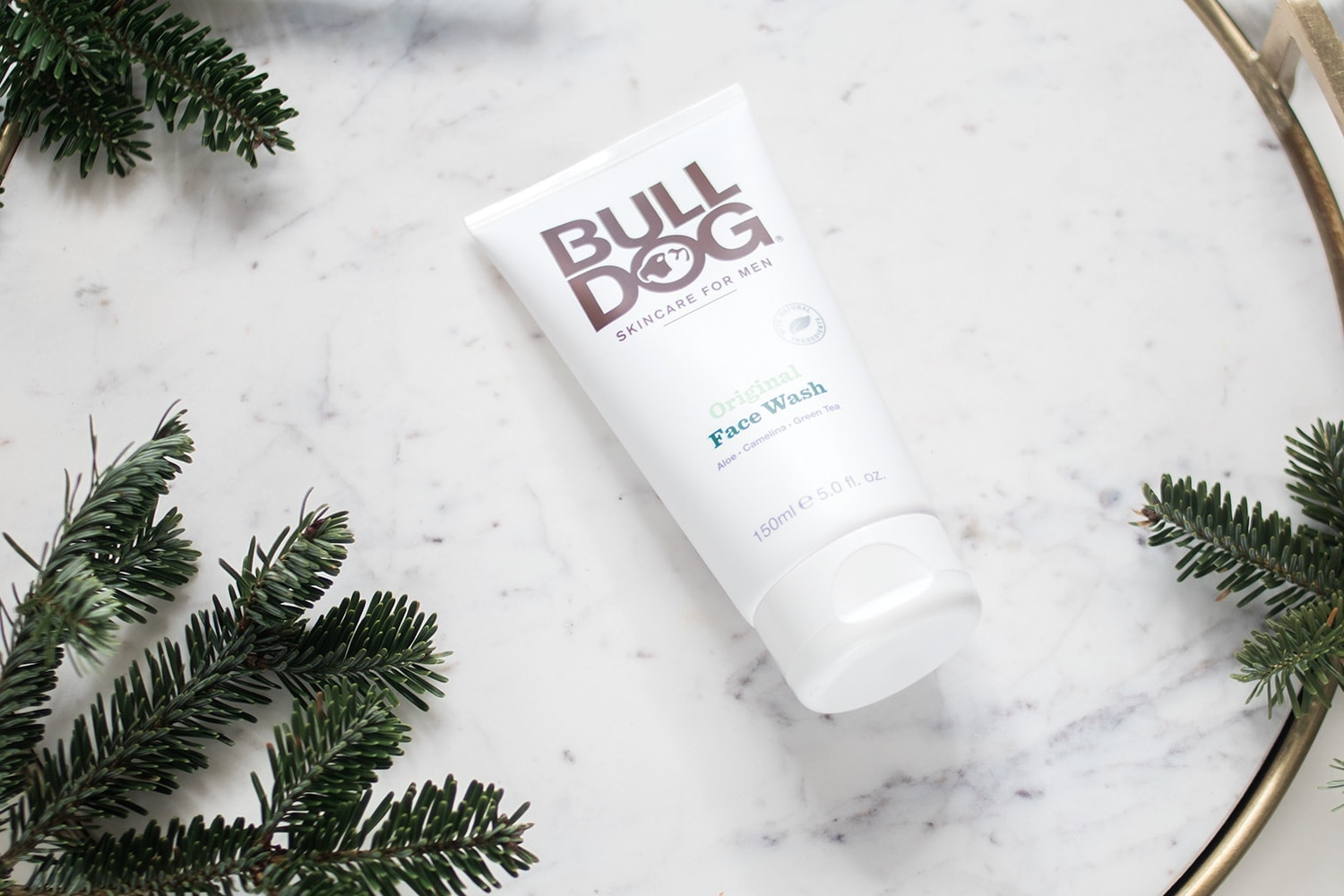 Houston blogger Meg O. on the Go shows us that men's face wash is a great stocking stuffer idea