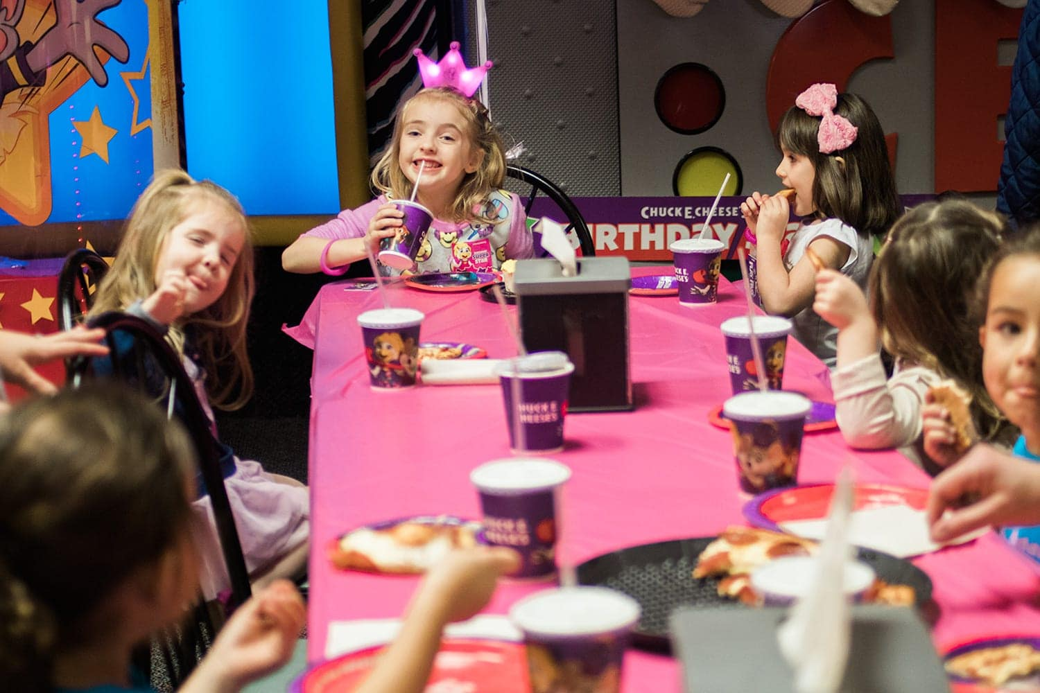 Chuck E. Cheese Birthday Party Table time - photo by Houston Blogger Meg O. on the Go