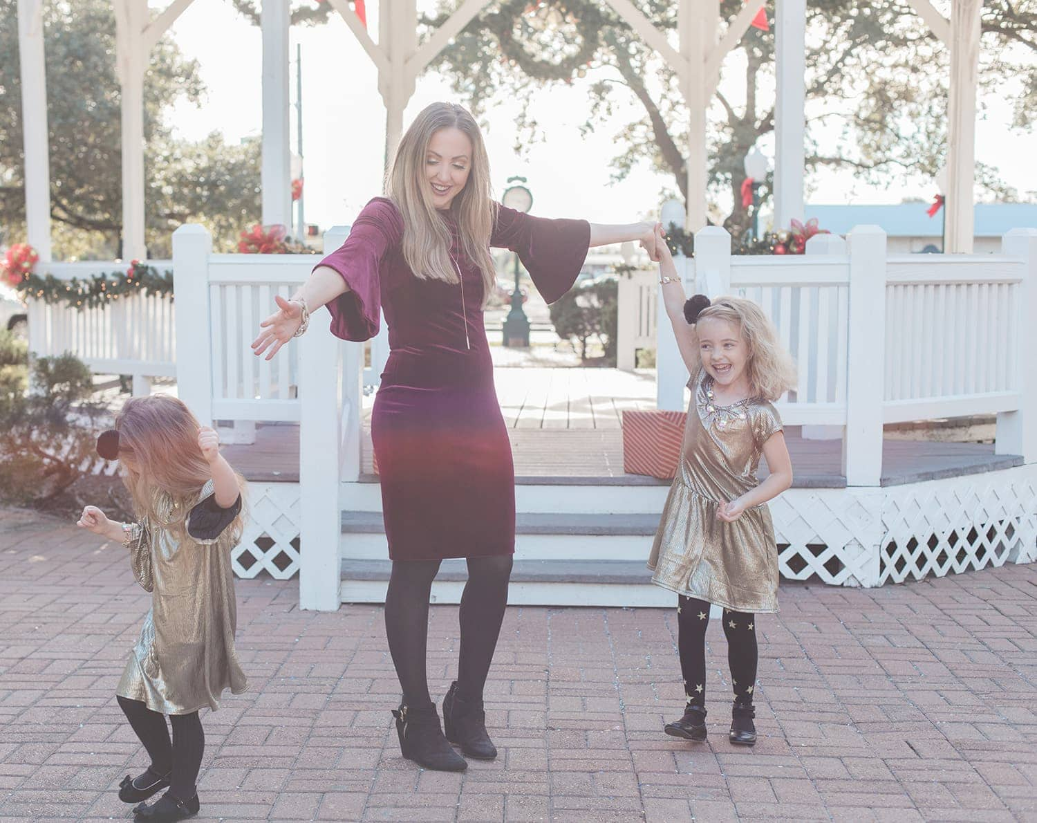 mother daughter holiday outfits