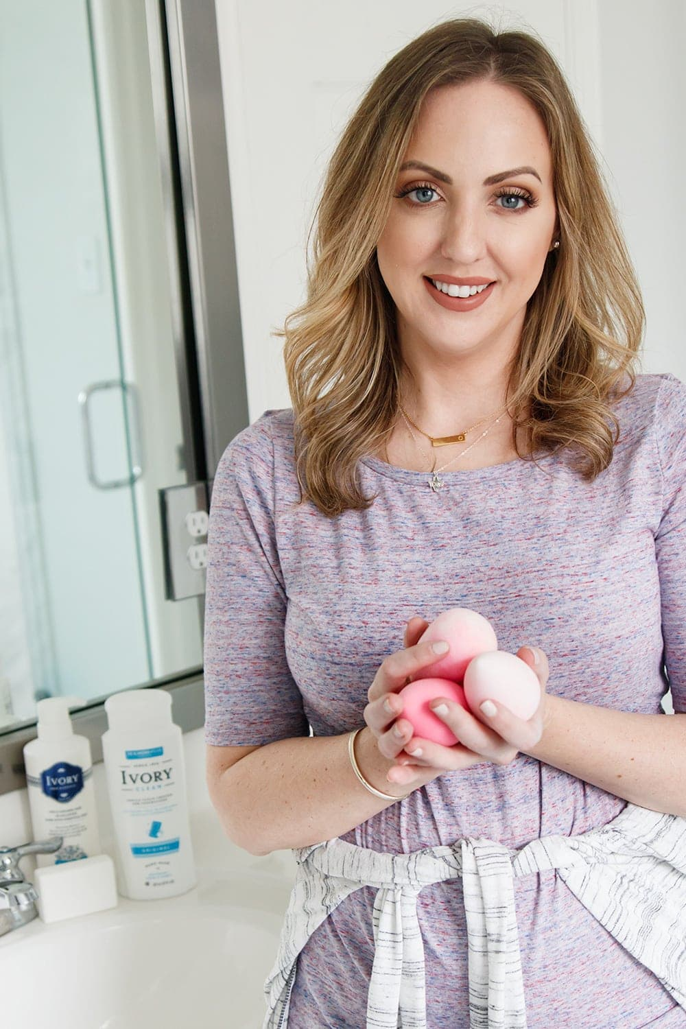 Houston blogger Meg O. on the Go shows how to clean makeup sponges with Ivory soap