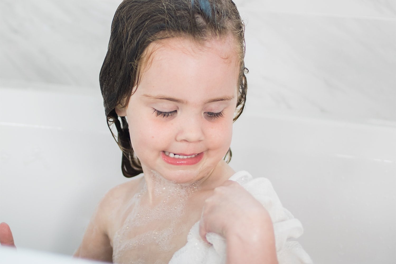 Houston blogger Meg O. on the Go shares her best tips on teaching kids independence at bath time
