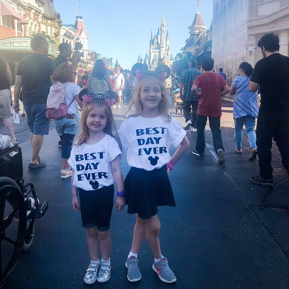 Houston blogger Meg O. on the Go shares what to wear in Disney World!