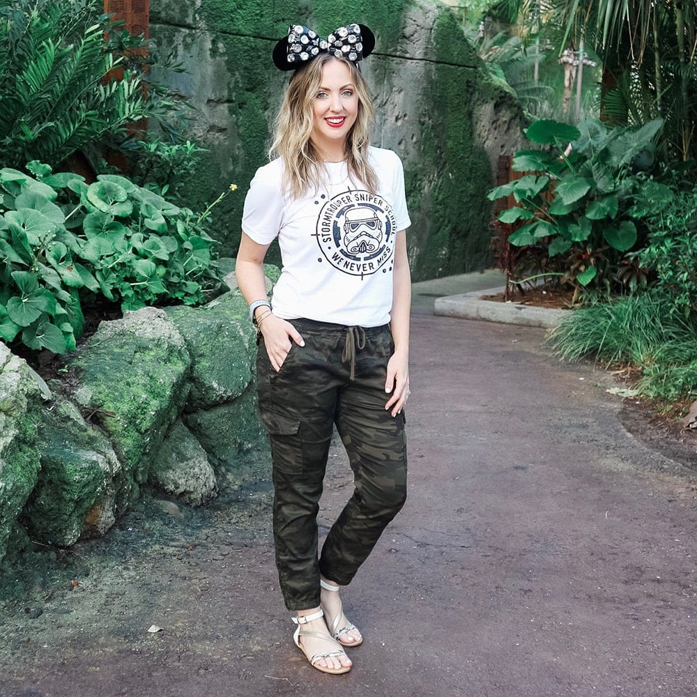 3391e5d11041 Houston blogger Meg O. on the Go shares what to wear to Disney World