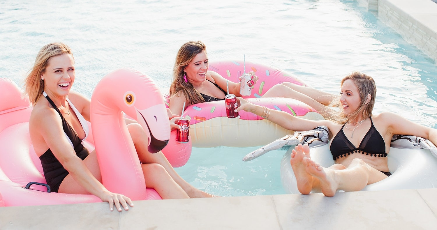 Cute pool floats for a birthday pool party