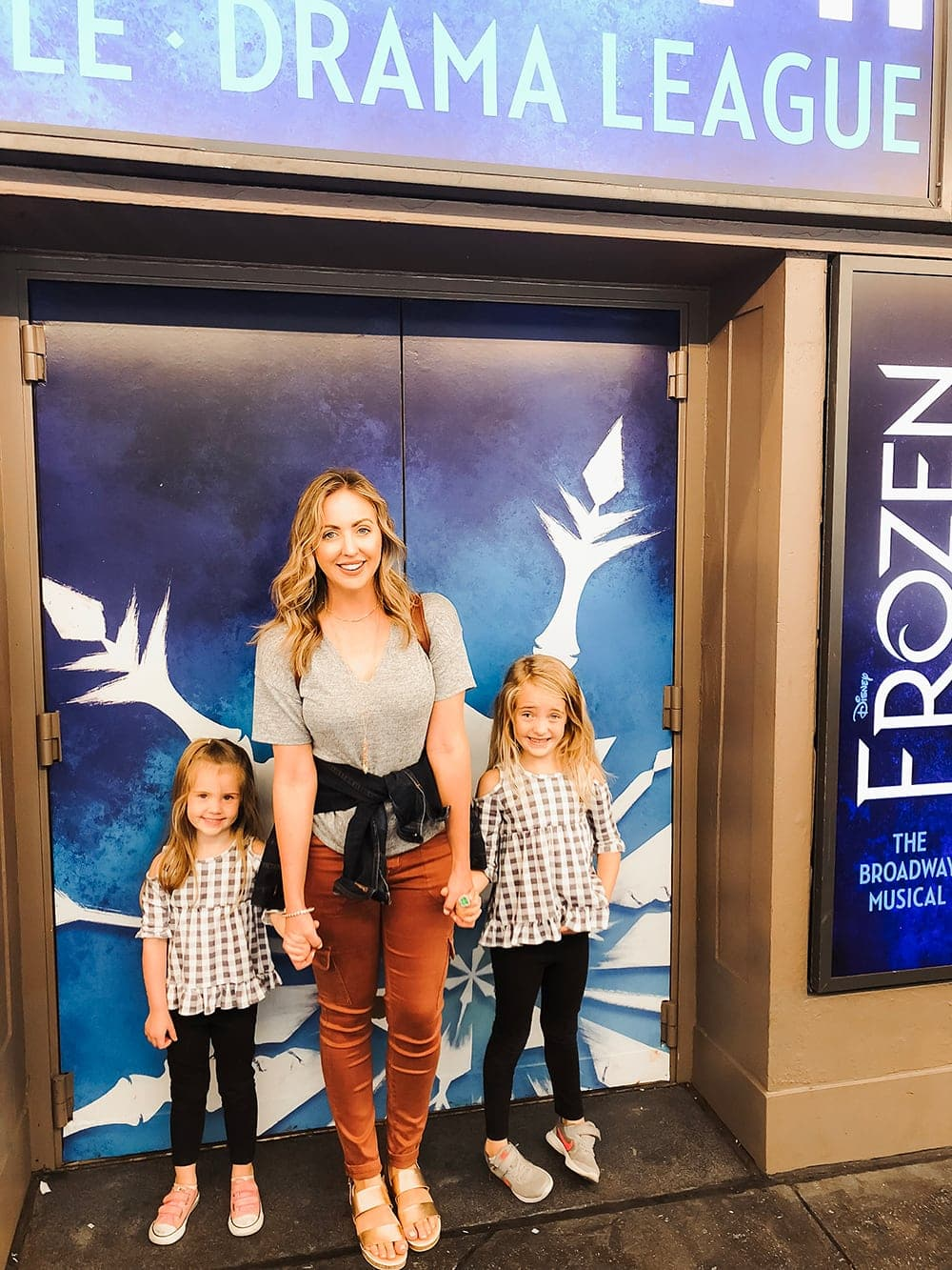Frozen on Broadway - the perfect activity for kids while in New York City