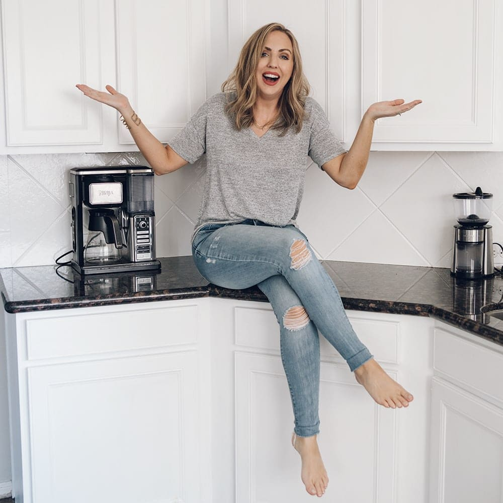 Houston blogger Meg O. on the Go shares how she painted her entire kitchen for under $250