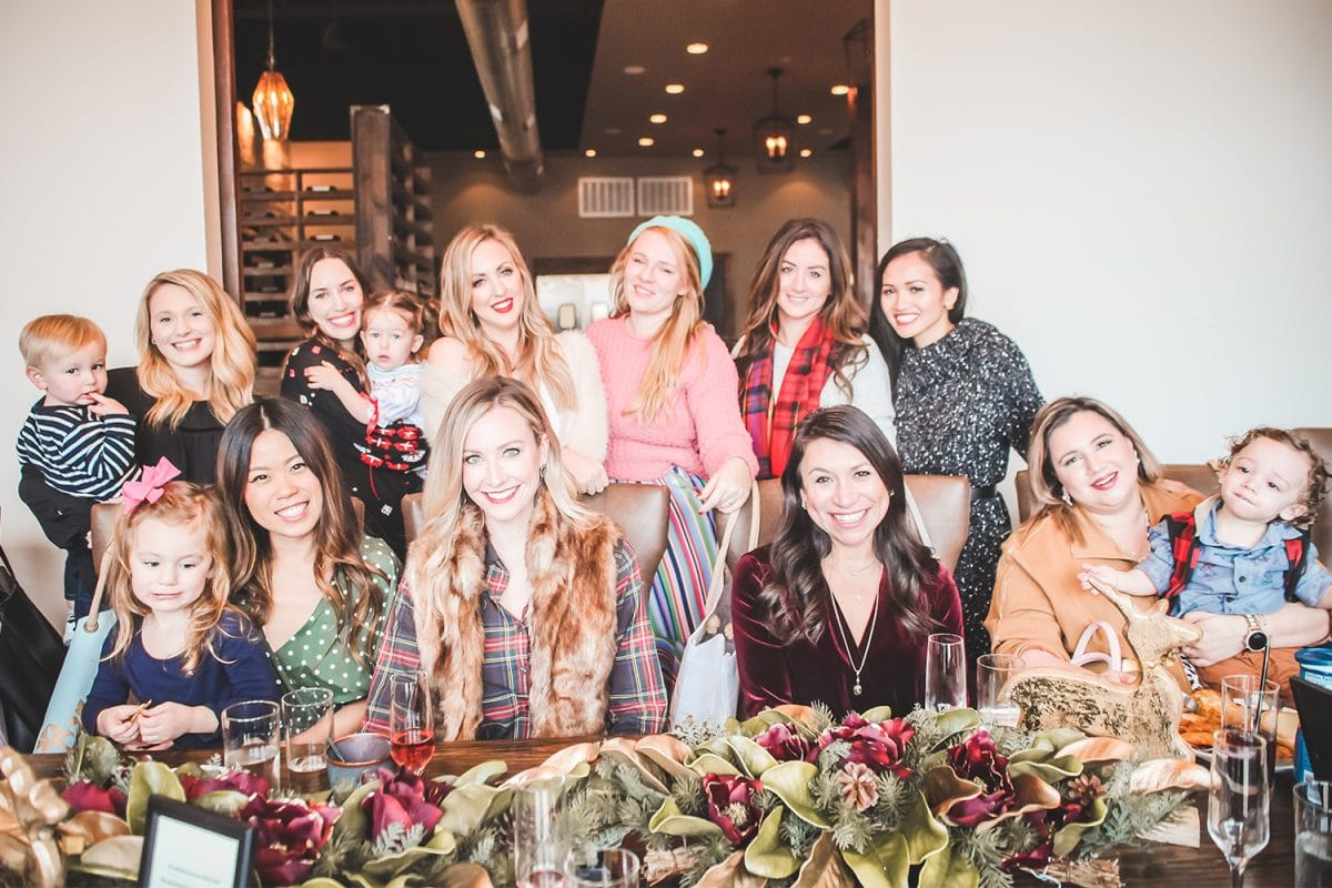 Houston blogger Meg O. on the Go shares a recap of her Houston blogger holiday lunch at Boardwalk Towne Lake