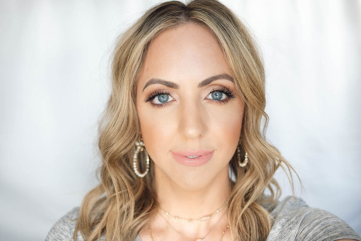 Houston beauty blogger Meg O. on the Go shares the best drugstore lipsticks for fair skin - Maybelline Peach Buff