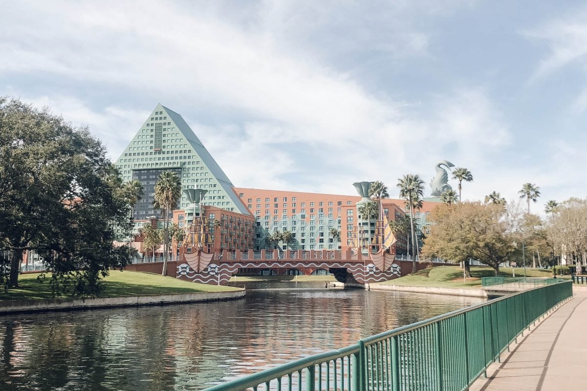 Houston lifestyle blogger Meg O. shares the benefits of staying at the Walt Disney World Swan and Dolphin in Orlando - it is within walking distance to Epcot and Hollywood Studios