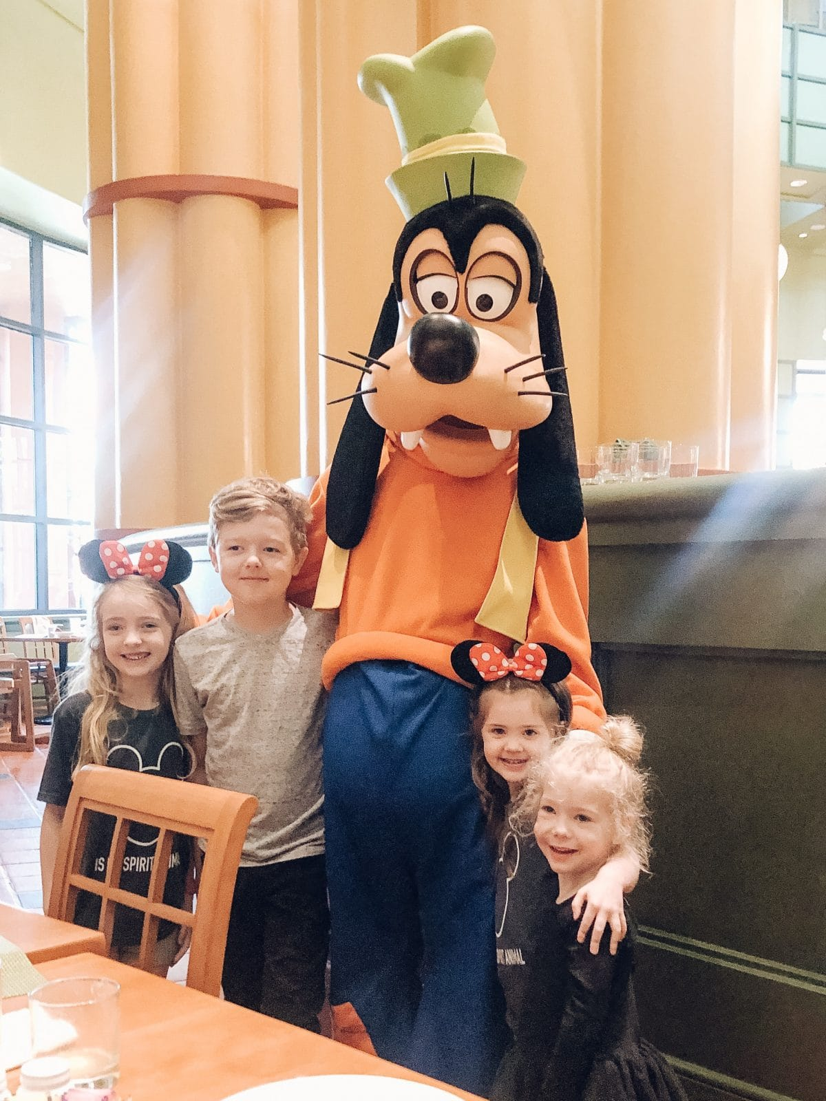 Houston lifestyle blogger Meg O. shares the benefits of staying at the Walt Disney World Swan and Dolphin in Orlando - character breakfast at Garden Grove