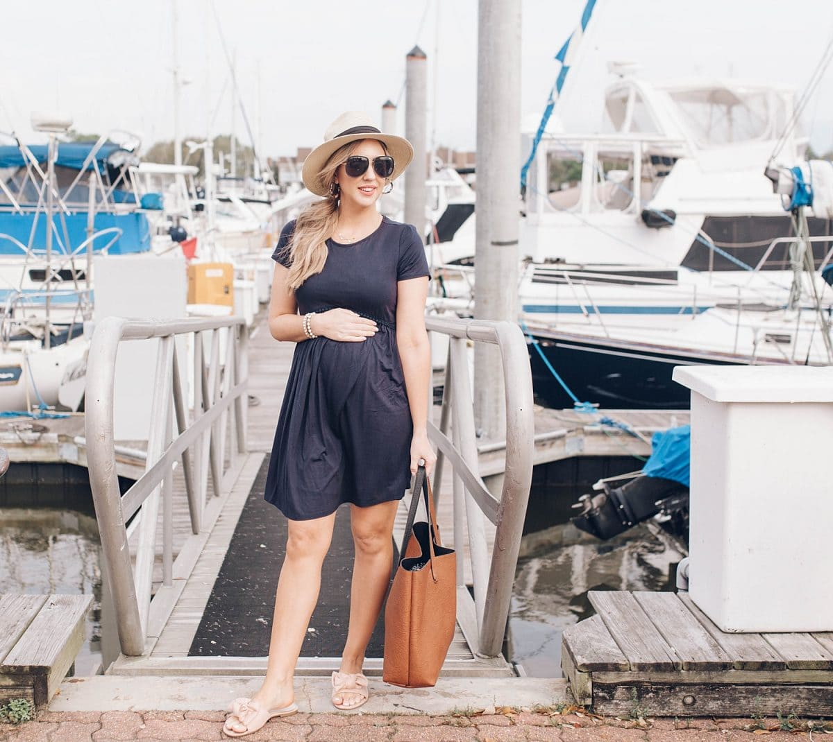 c8d37e4eb6 Houston lifestyle blogger Meg O. on the Go shares her favorite spring  maternity dresses -