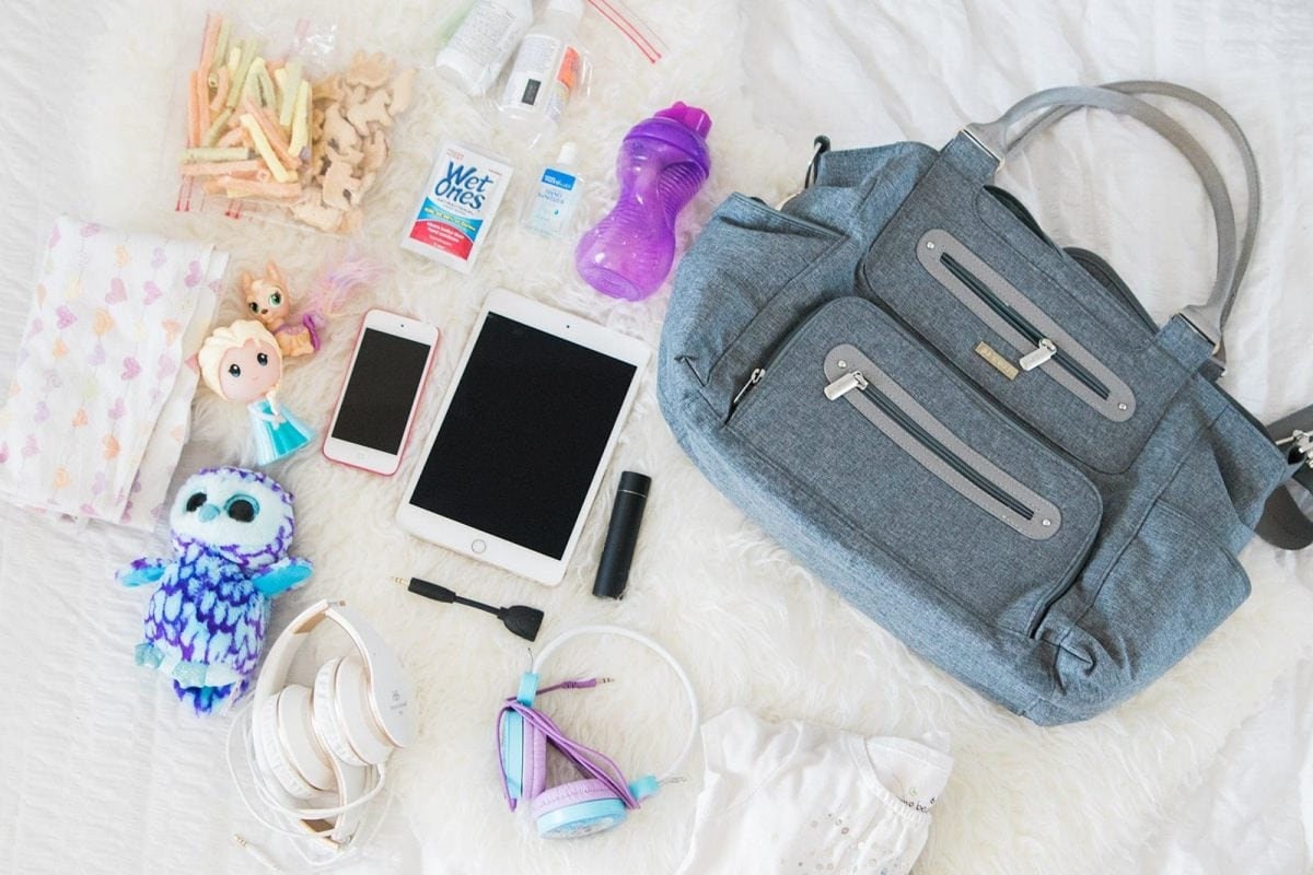Houston blogger Meg O. on the Go shares tips on flying with kids and children