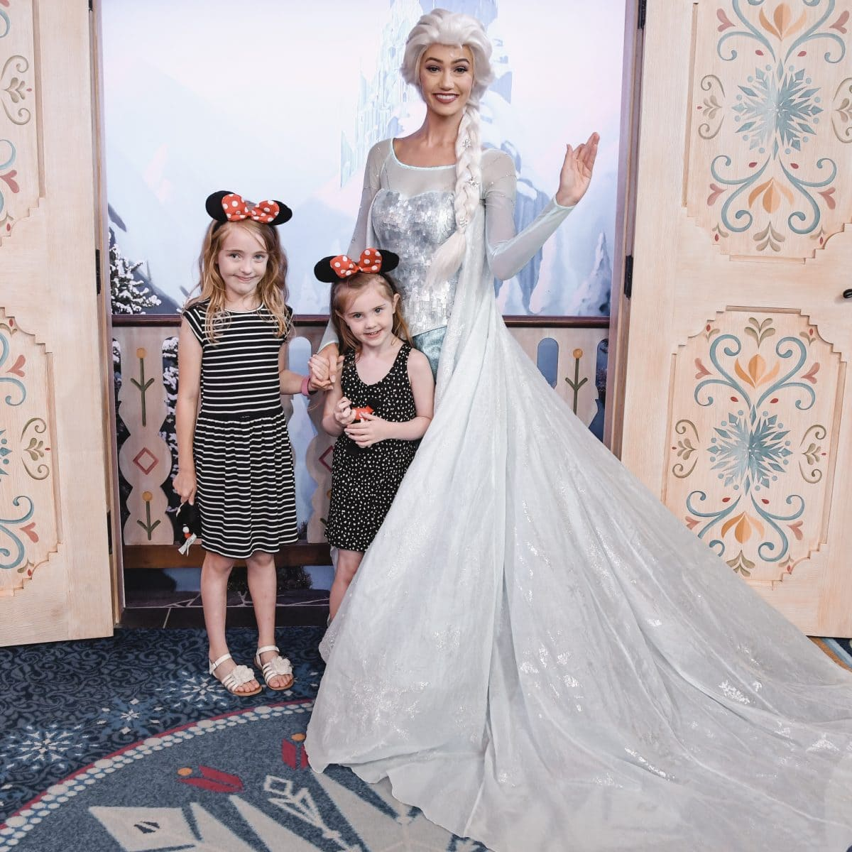 Meeting Elsa in Epcot
