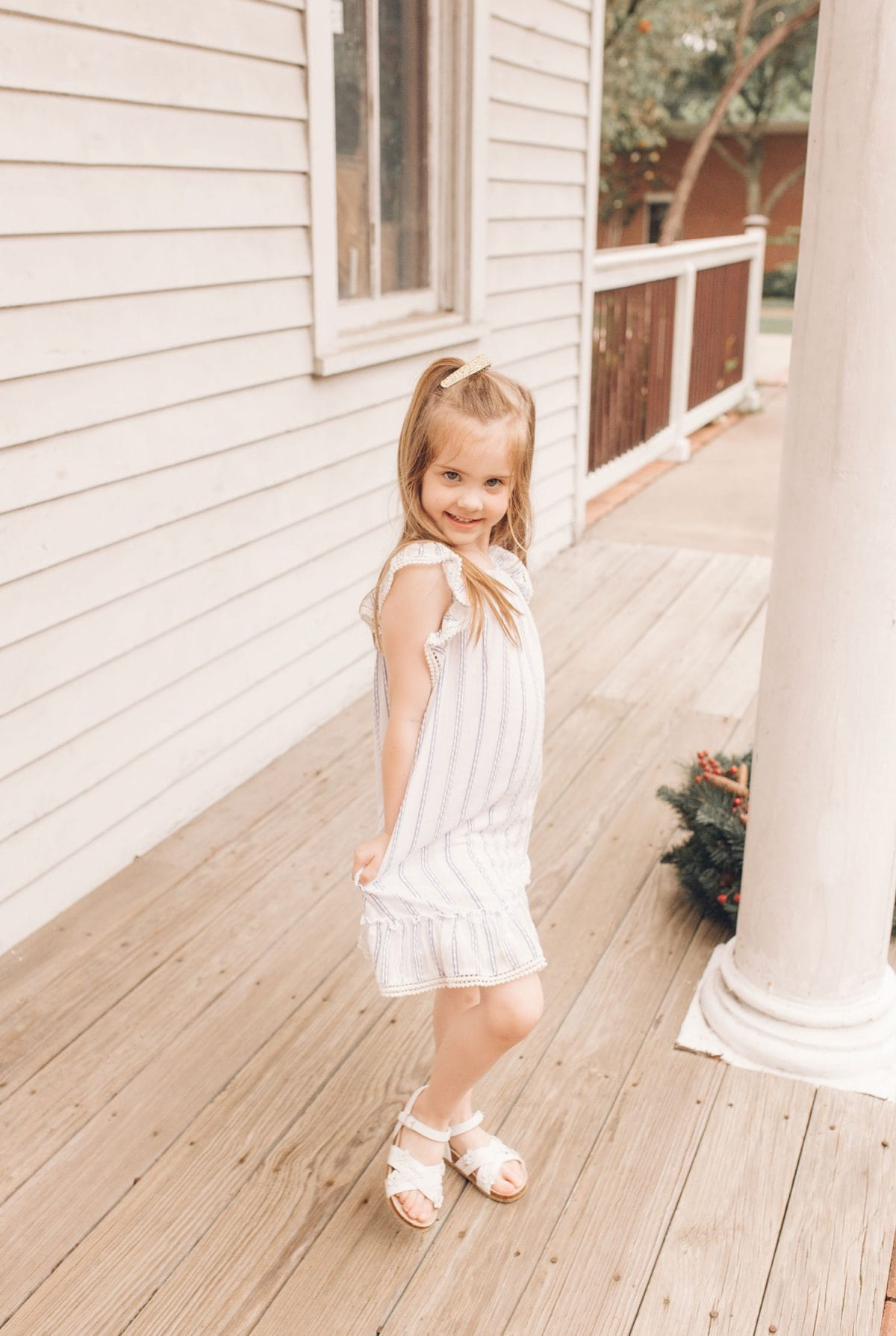 Houston mommy blogger Meg O. on the Go shares pretty dresses to wear this Mother's Day and all spring and summer - maxi dresses are wonderful for expecting mamas - perfect summer chambray dress for toddlers