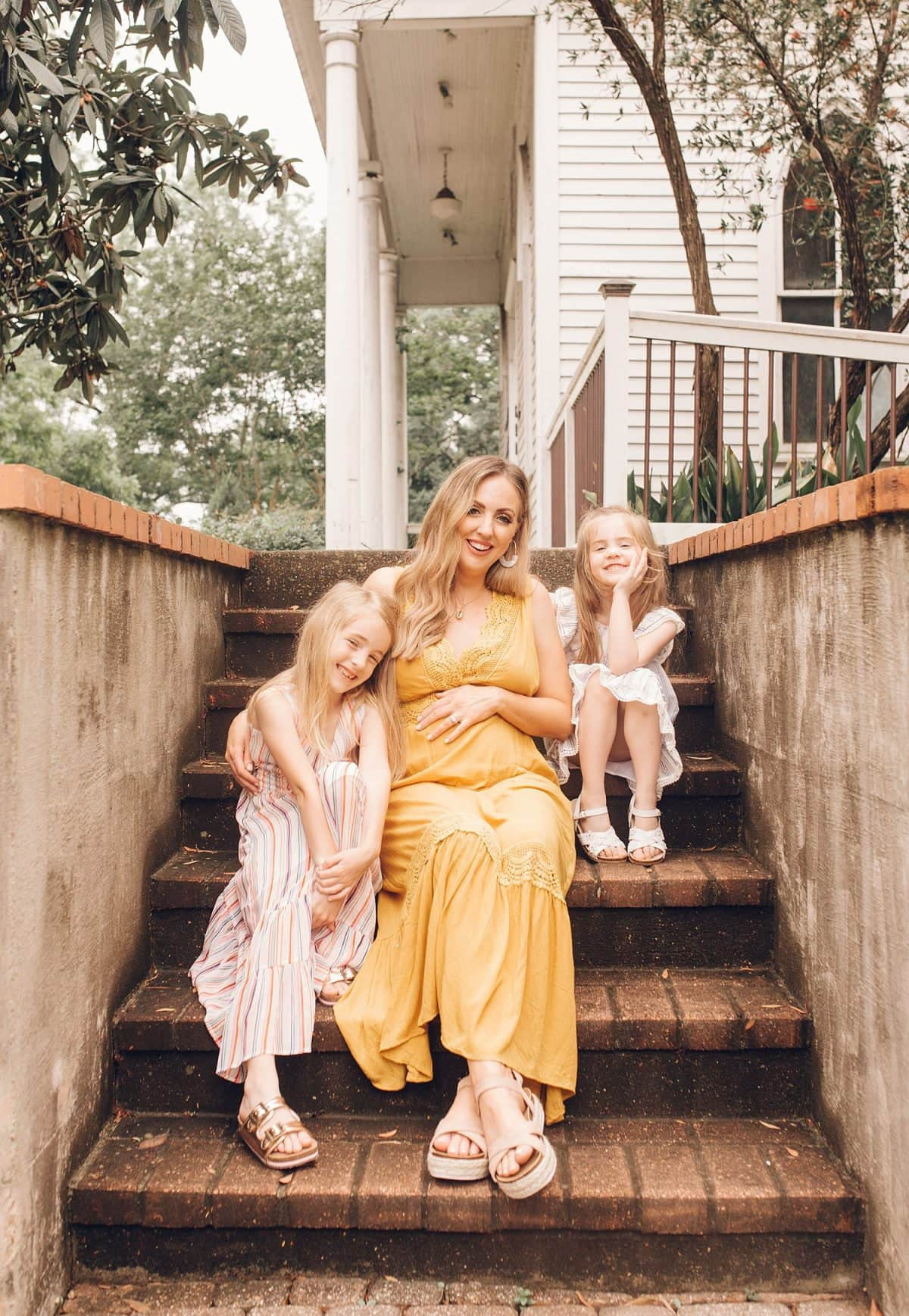 Houston mommy blogger Meg O. on the Go shares pretty dresses to wear this Mother's Day and all spring and summer