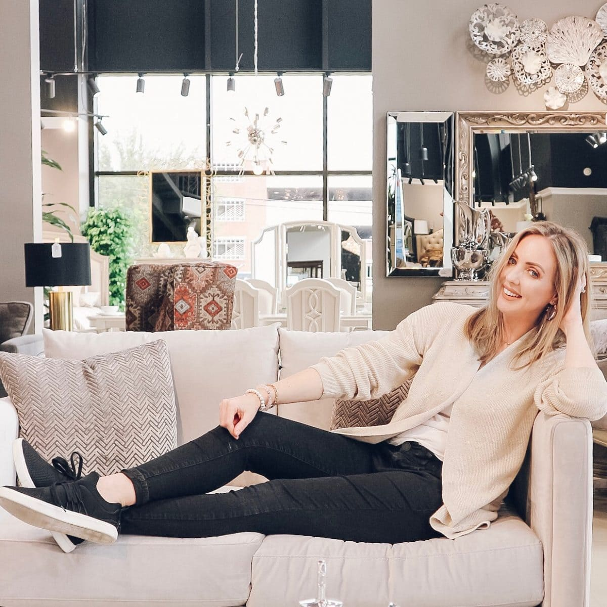 Houston blogger Meg O. on the Go shares her furniture buying experience with Exclusive Furniture Houston - Cypress and Webster locations