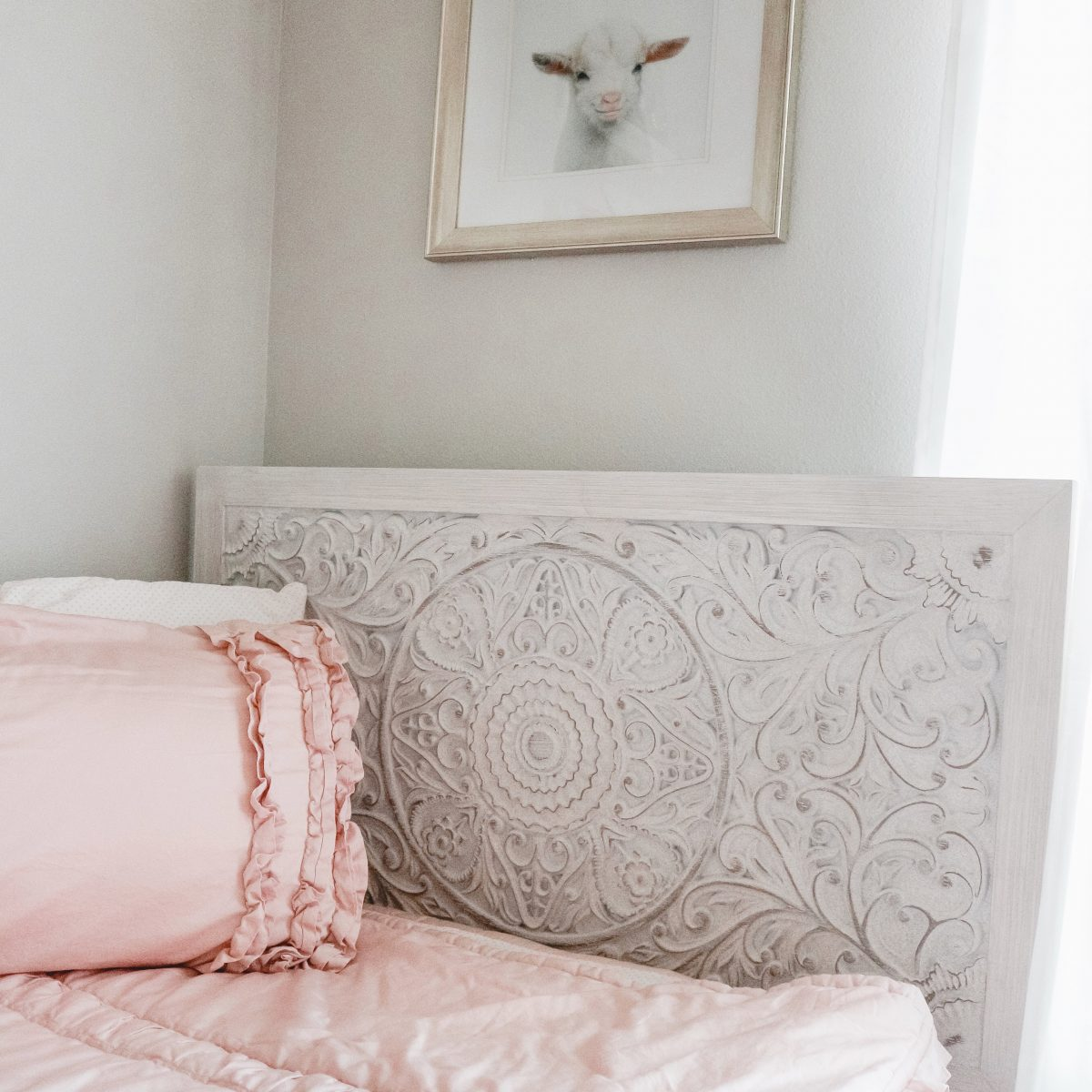 Houston blogger Meg O. on the Go shares a girls' shared bedroom makeover with Exclusive Furniture Houston