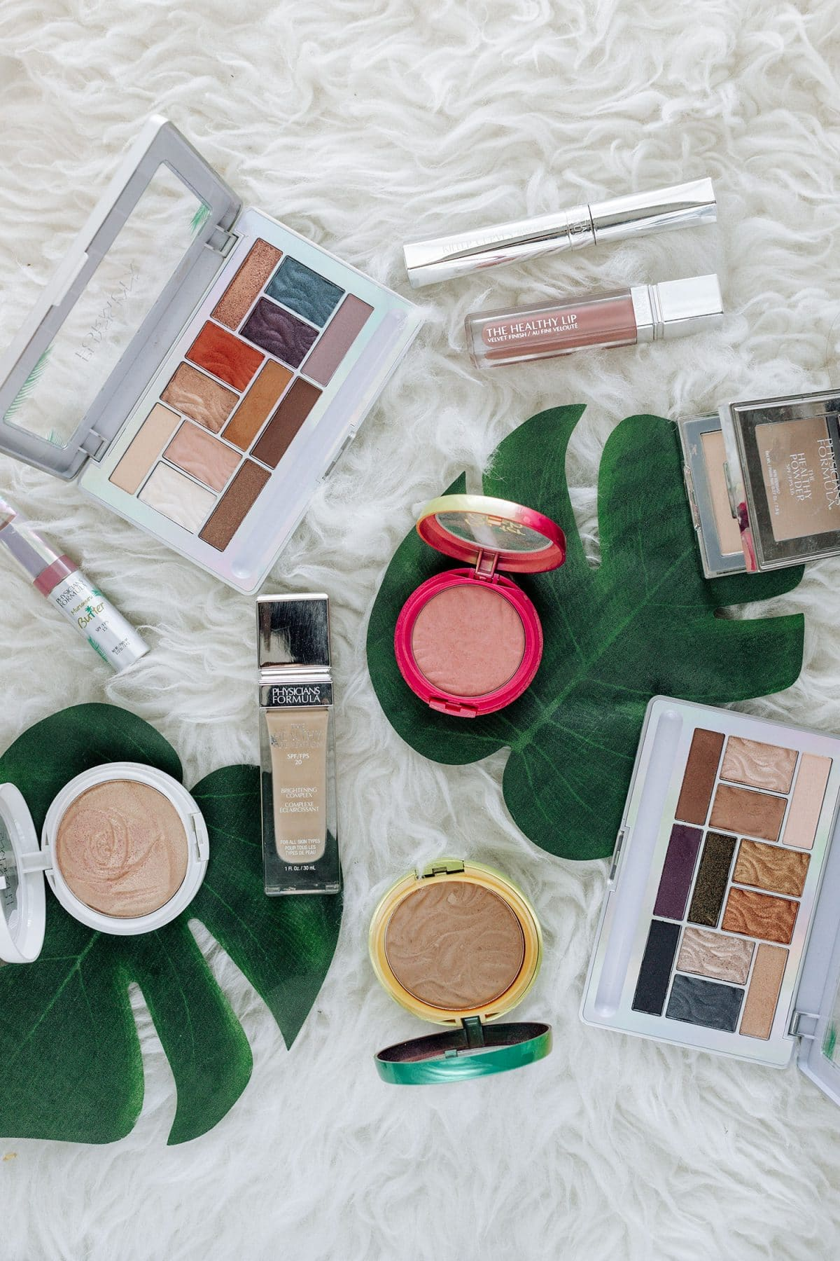 Houston beauty blogger Meg O. shares the best Physicians Formula products - butter bronzer, butter eyeshadow palettes, the healthy lip, the healthy foundation, butter blush, rose glow