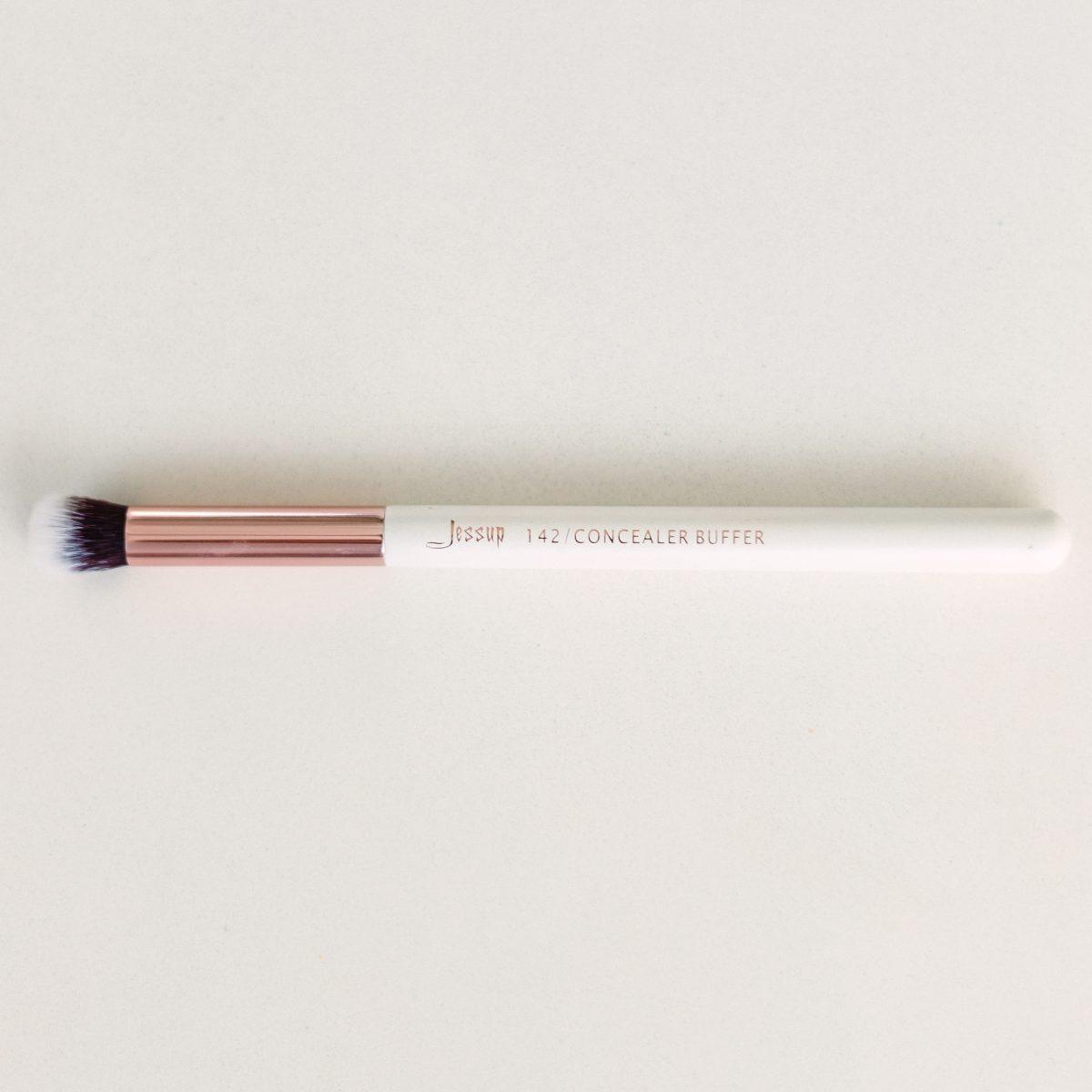 Makeup Brushes Guide - Jessup 142 Concealer Buffer