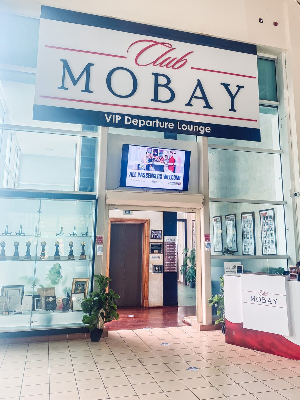 Is Club MoBay worth it? Club MoBay Montego Bay Airport VIP Departure Lounge